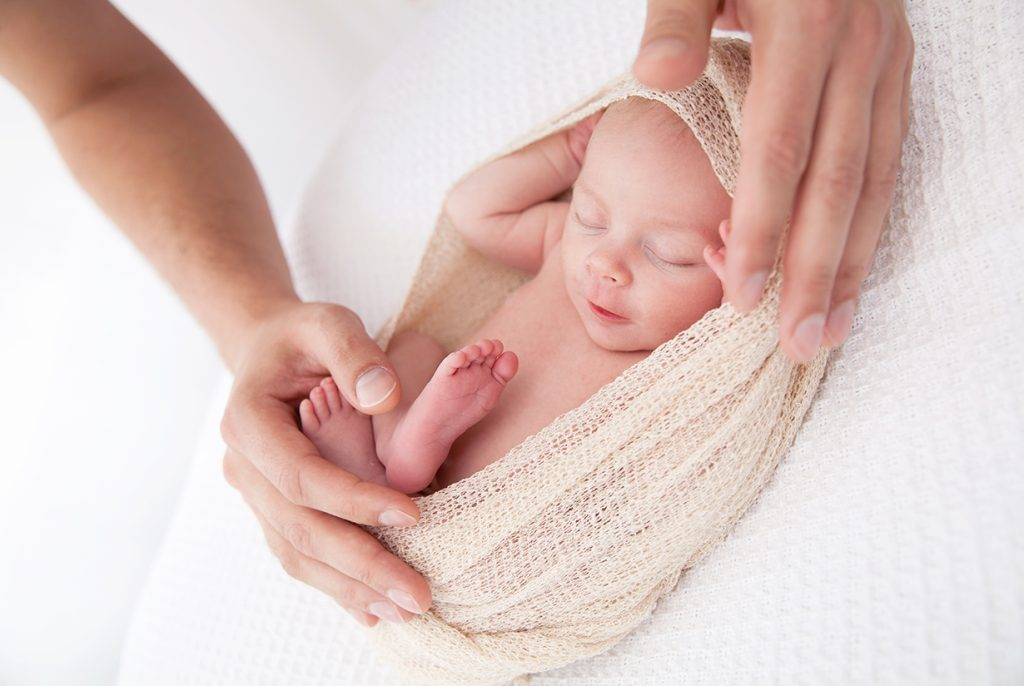 Neugeborenenfotos Baby Katharina © Miriam Ellerbrake, LITTLE MONKEY FotostudioBerlin