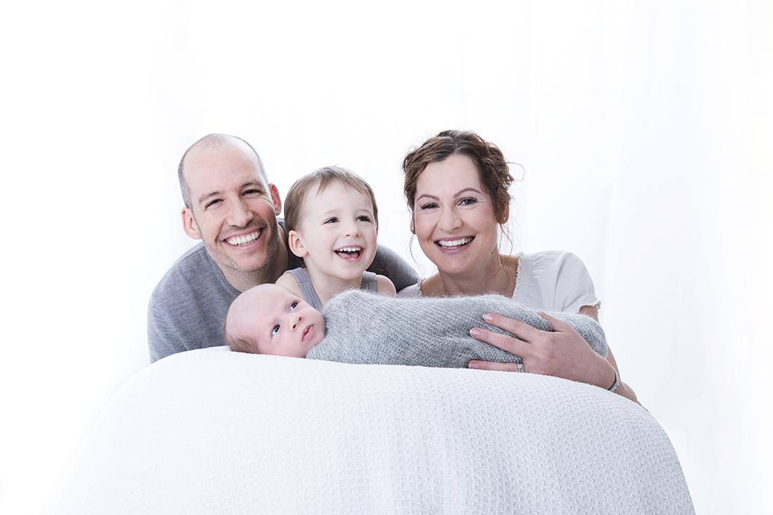Familienportrait_Familienshooting_Famiienfotograf Berlin @Miriam Ellerbrake 2019