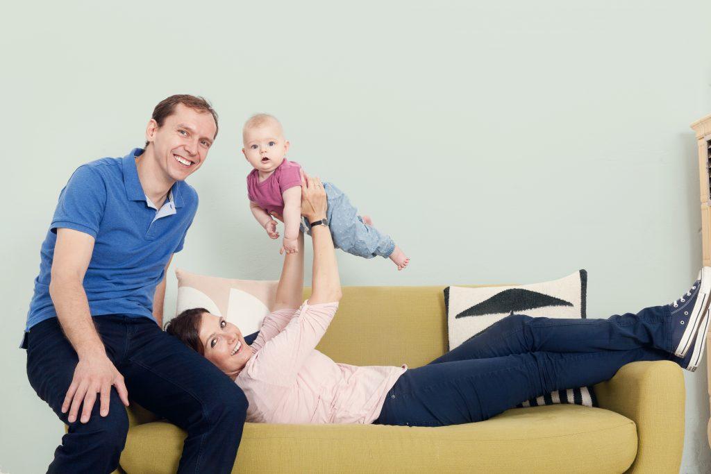Familienfoto Babyportrait Babyfotografie © Miriam Ellerbrake, Berlin